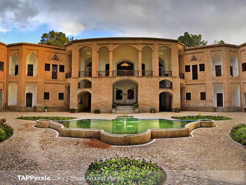Akbarieh Garde The Persian Garden - Iran UNESCO Sites - TAP Persia