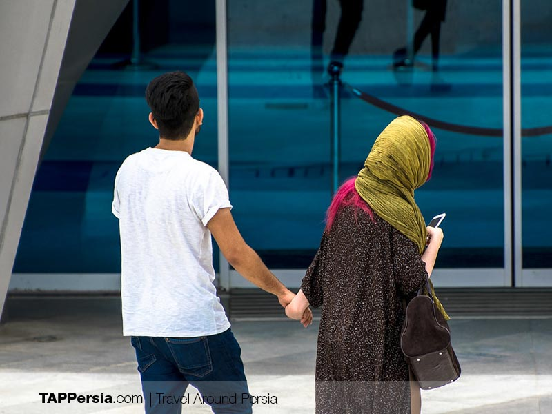 Traveling as an unmarried couple in Iran - Everything you need to know