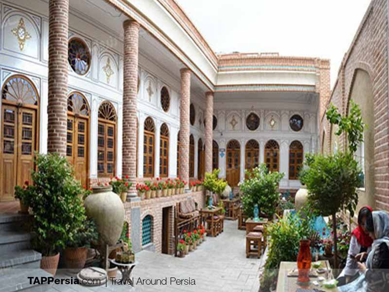 Toranj Food Complex | Isfahan Best Restaurants